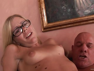 Sultry babe Tabitha James rides old cock
