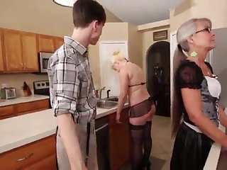 Mother and Stepsis Three-Way after stipulation - Leilani Lei Fifi Foxx