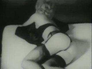 Very Hot Teasing (1950s)