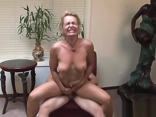 Perfect Body Step-Mama Kelly Leigh Riding Cock Cool Touching Step-son