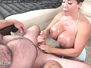 Pornstar Ava Devine masturbates then sucks a big cock