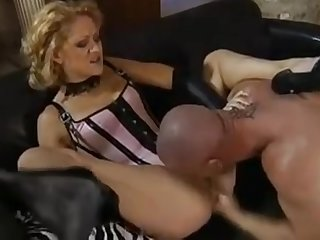 Nasty Madonna milf lookalike needs it in every hole