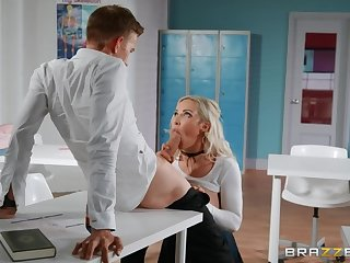 Lucky teacher Danny D fucked Amber Jade right in the classroom