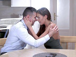 Fantasy hard sex makes the slim beauty to cum hard
