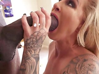 Blond Hair Babe Getting Smashed - ryan conner
