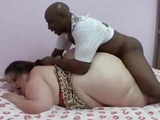 Coquettish Mae - BBW Interracial