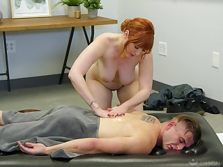 Elegant MILF offers more than just a simple massage