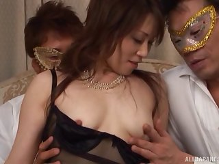Kinky fuck games in the evening with a cum loving Asian chick