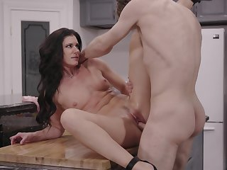 Exclusive home porn with a thin wife addicted to sex