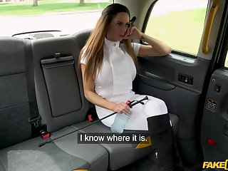 Quickie fucking in the back of the taxi with stunning Jess Scotland