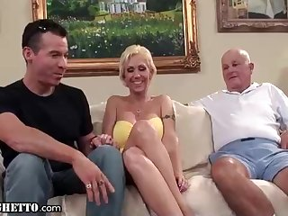 Mature ash-blonde damsel is not a pro bitch, but she luvs to pound all the time