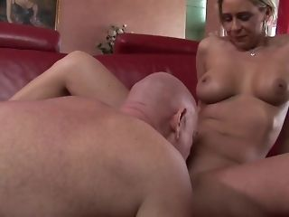 Kinky blond mummy respecting unblemished unexperienced figure pummeled firm sex video