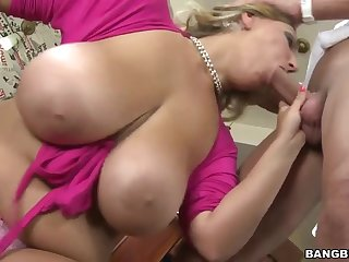 Big tits mature mom Crystal - Provocative time