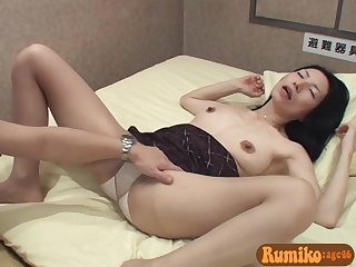 46 years old asian MILF Rumiko