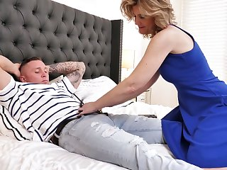 Always sex-starved stepmom Alby Daor is cheating on her husband with her stepson
